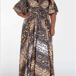 Animal print V neck maxi with belted waist.